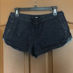 Urban outfitters denim shorts, small